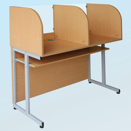 Bàn máy dùng trong phòng học tiếng BH101