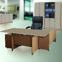 Bàn lãnh đạo gỗ Newtren NTP 1800 + hộc + Tủ phụ
